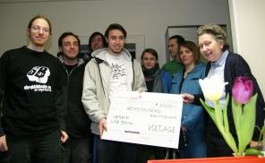 bock, hilft asylwerbern und bekommt von jungen burgenländern 6000 euro
